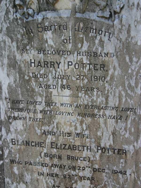 Harry Potter's grave - Cradock